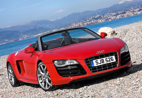 R8-Spyder-front-three-quarter-static-Brilliant-Red-2
