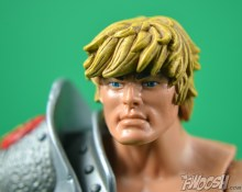 Masters-of-the-Universe-Classics-MOTUC-Snake-Armor-He-Man-Review-profile-2