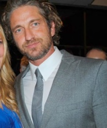 gerald-butler-and fan